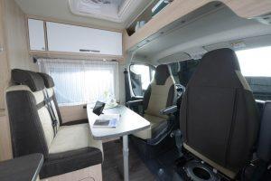 Roadcar_R600_SG_Montage_Tisch